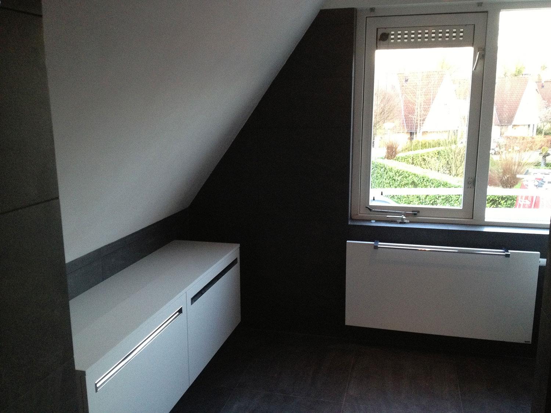 Badkamers enschede zwart wit installatiebedrijf r. van baren