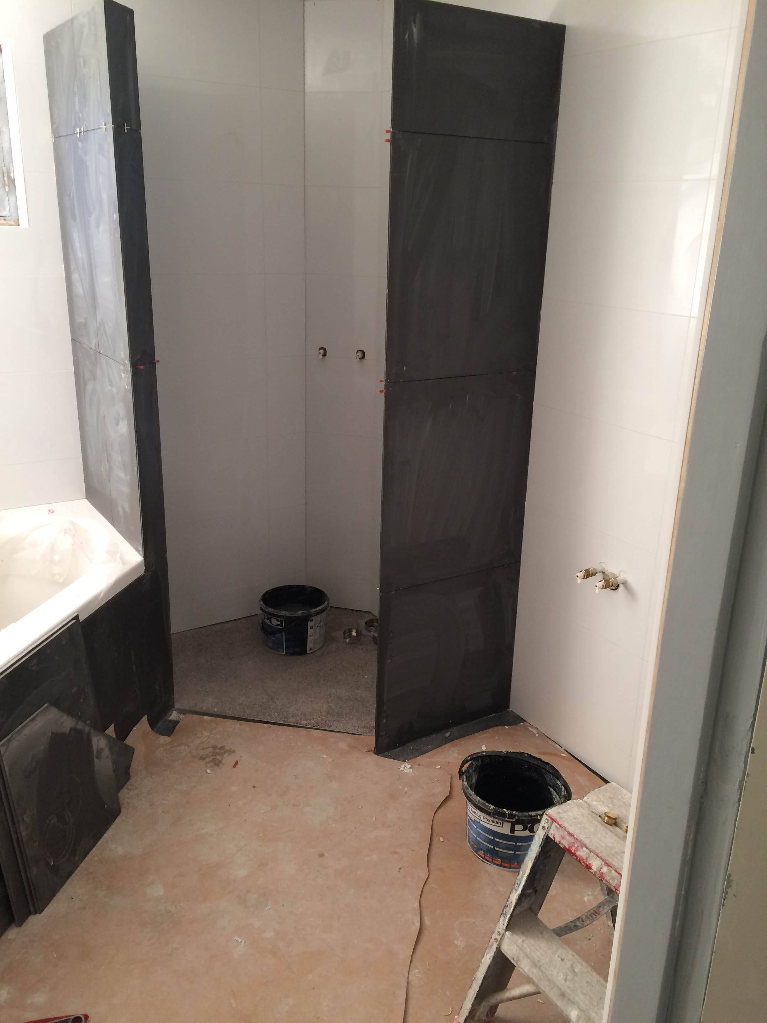 badkamer eibergen 2 grijs wit